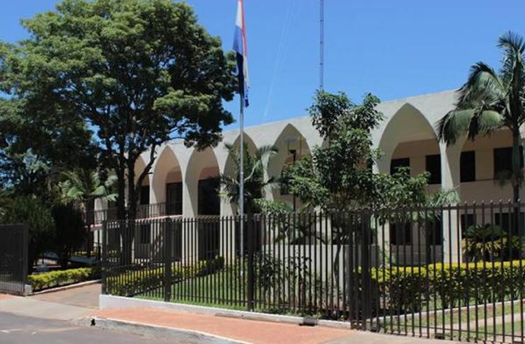 Funcionarios de la Gobernación de Guairá deberán acudir a otro edificio para trabajar
