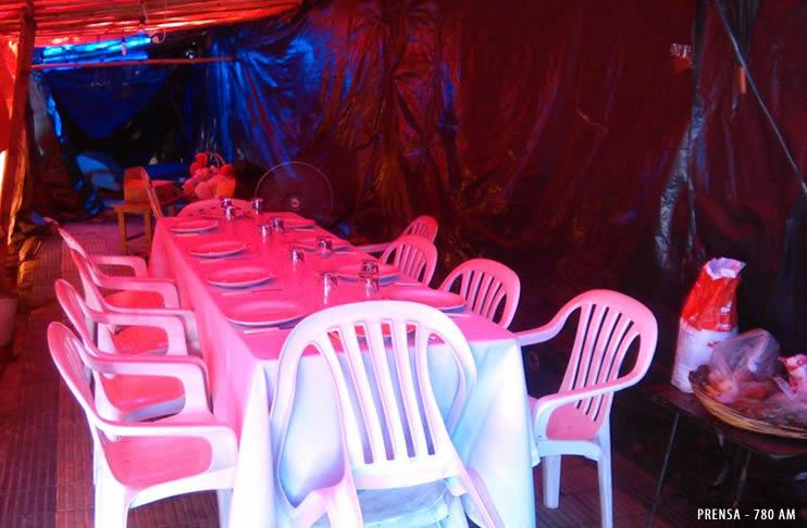 Nochebuena bajo carpas para 10 familias de choferes de la Línea 49